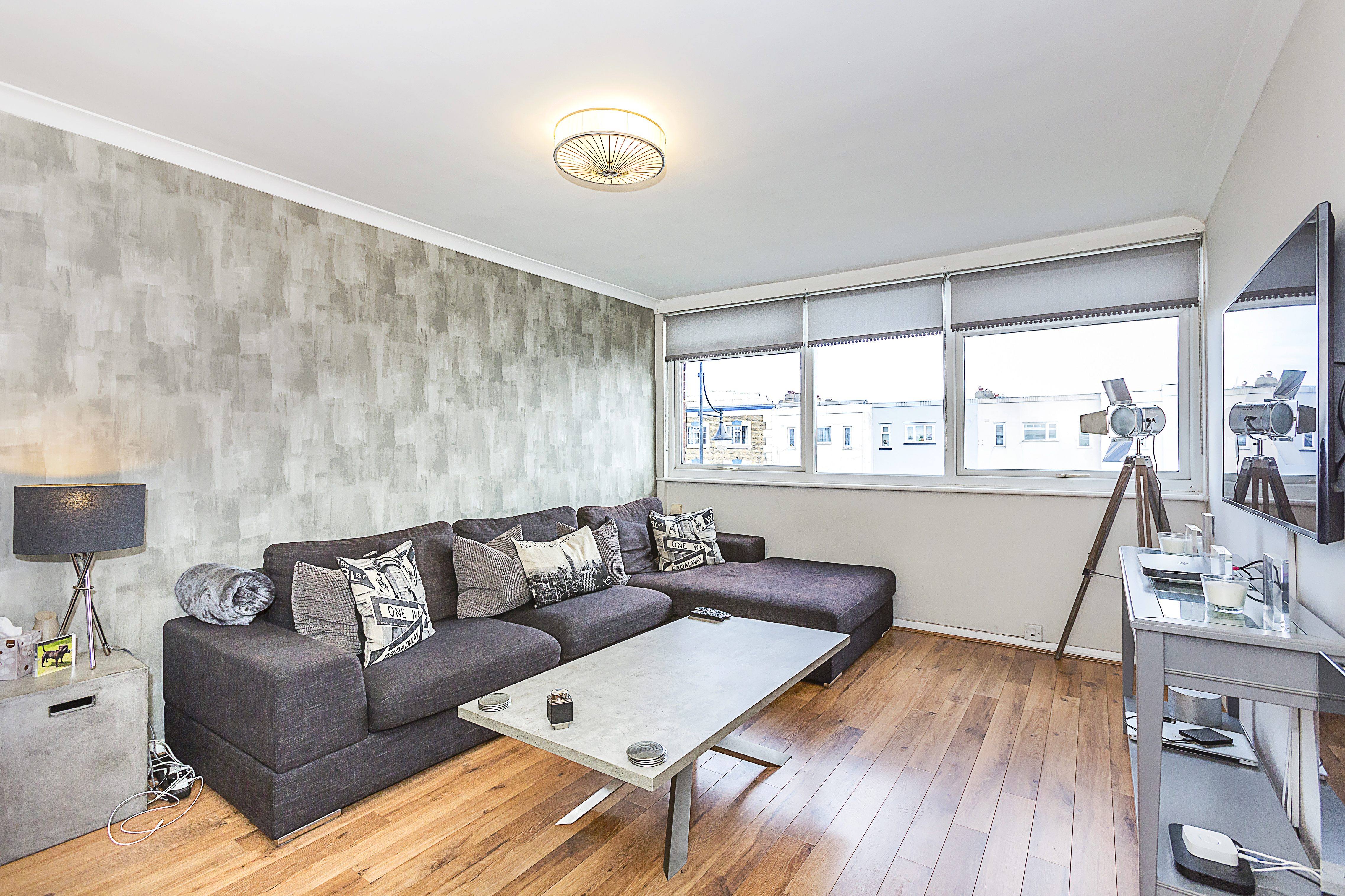 2 Bedroom Apartment, The Chiltons, South Woodford, E18 2JQ
