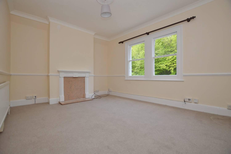 1 Bedroom Flat, Theydon Bois Golf Club, Epping, CM16 4EH